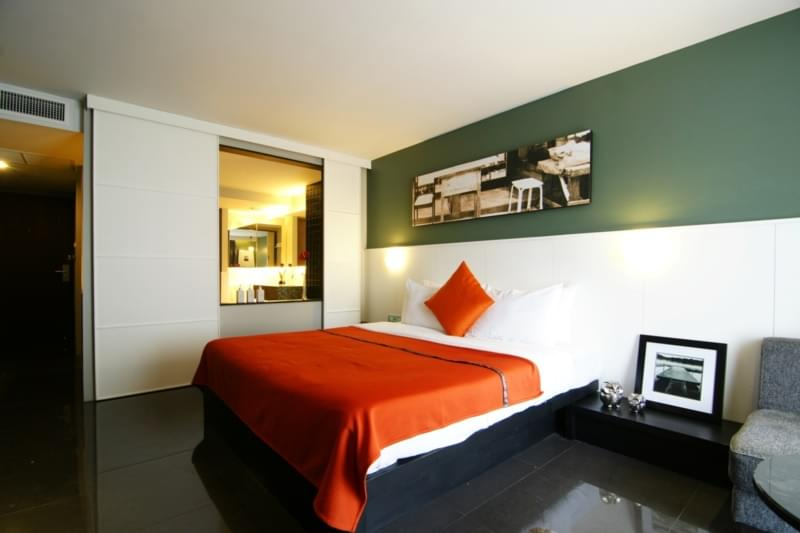Page 10 Hotel & Restaurants :Studio Superior Room( King Bed Only )
